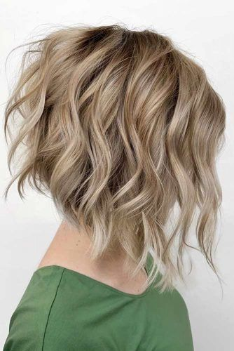 Blonde Angled Bob #haircutsforwomen #womenhaircuts #haircuts #bobhaircut