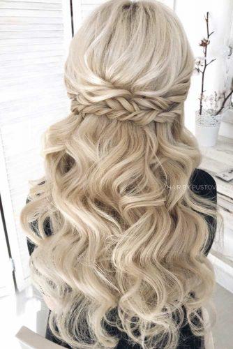 Girly Half Up Half Down With Disobedient Waves For Long Hair #halfuphalfdown #braidedhairstyles #longhair