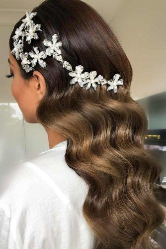 Hollywood Waves To Embrace Your Beauty #formalhairstyles #hairstyles #longhair