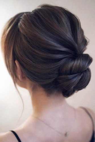 Easy Low Bun For A Stunning Look picture 1