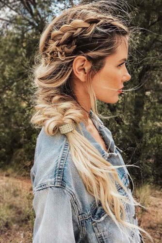 Simple Stylish Ideas Of French Braid Hairstyles picture2