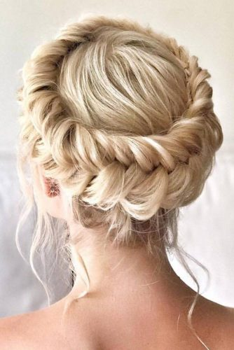 Messy Crown Updos Blonde Fishtail #updo #braids