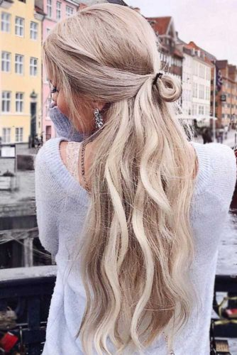 Hairstyles With Knots picture1