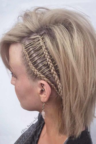 Small Braids With Bobby Pins #mediumhairstyles #braidedhairstyles #easyhairstyles