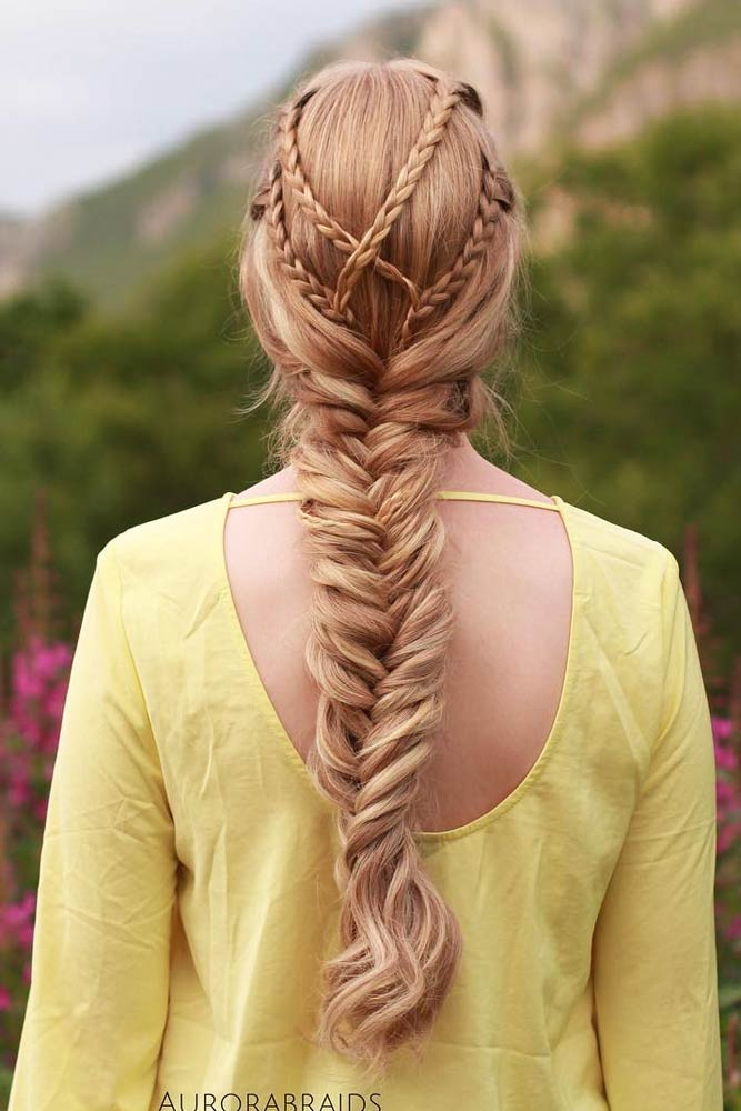 Gorgeous Crisscrossed Braids Into A Fishtail Idea #howtofishtailbraid #fishtailbraid #braids #hairstyles