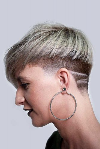Bowl Cut With Low Fade And Shaved Stripes #lowfade #fadehaircut #haircuts #bowlcut