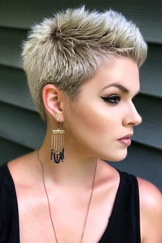 Super Short Edgy Pixie #pixiehairstyles #pixiehaircuts #shortpixie #thickhair #blondecolor