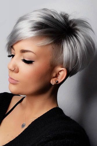 Straight Pixie For Thin Hair With Undercut #pixiehairstyles #pixiehaircuts #straighthair #thinhair #undercut