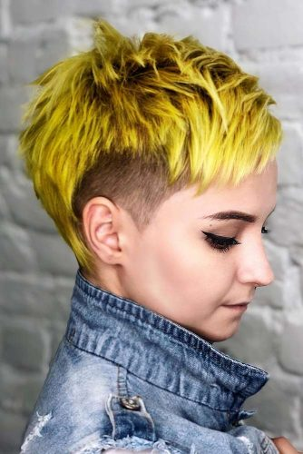 Yellow Pixie And Baby Bangs #babybangs #hairstyles #haircuts #pixiehairstyles