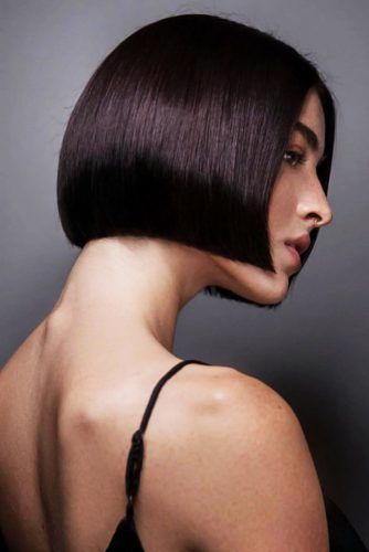 Blunt Bob Cuts Brown #shorthair #faceshapehairstyles