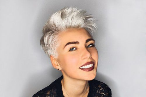 Flattering Short Haircuts for Oval Faces