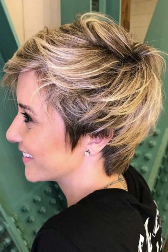 A Layered Pixie For Modern Moms