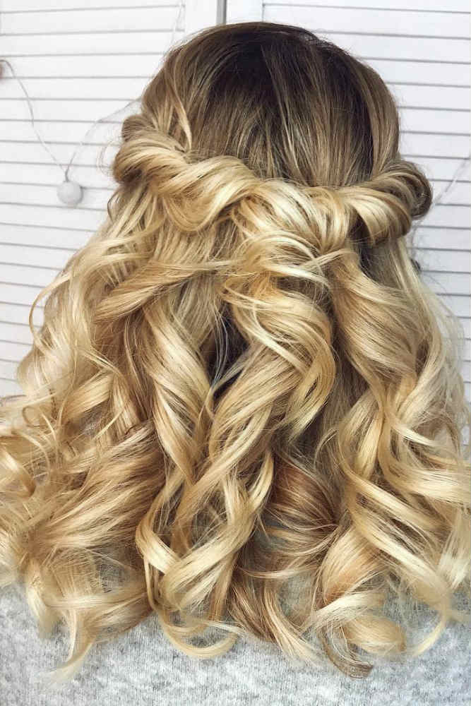 Twisted Half Up Half Down For Medium Hair #mediumhair #curly #halfuphalfdown