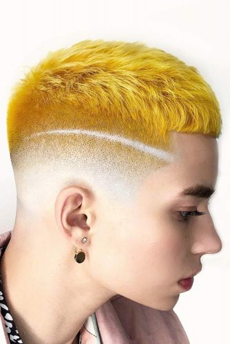 Faded Crop Haircut With Shaved Stripe #highfadehaircut #fadehaircut #shorthaircut #crophaircut #yellowhair