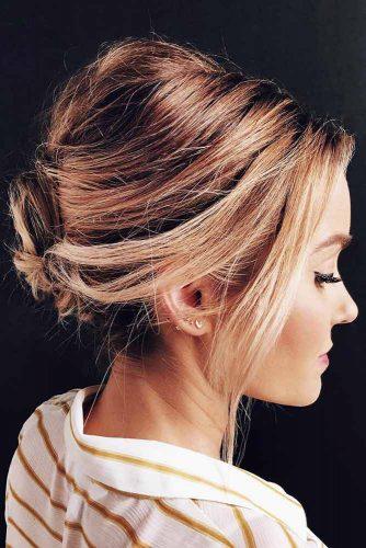 Chic Bun For Short Hair #hairstylesforshorthair #updoforshorthair #easybun #shorthairstyles