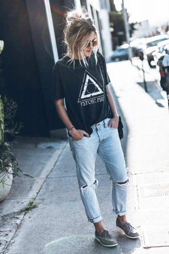 Street Style Look #howtostyleyourhair #tomboyoutfits #tomboystyle #streetstyle #topknot