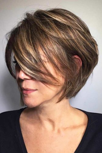 Best Color Combination For Layered Bob #shortombrehair #highlights #shorthair #bobhaircut #brownhair