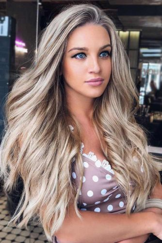 Long Platinum Blonde Layered Hair #longhair #layeredhair #blondehair