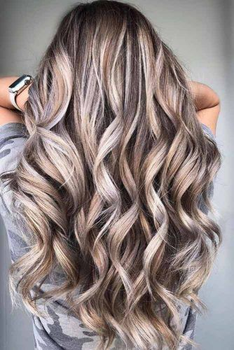 Long Layered Highlighted Hairstyle #layeredhair #longlayeredhair