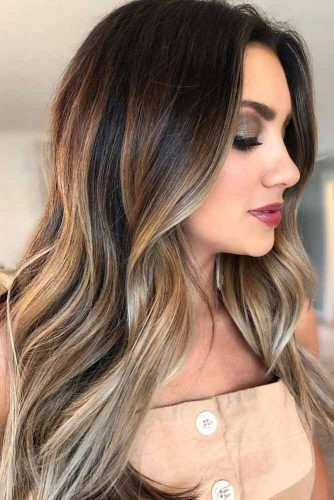 Brunette-To-Ash Blonde Layered Hairstyle #layeredhair #brinette #blondehair #balayage