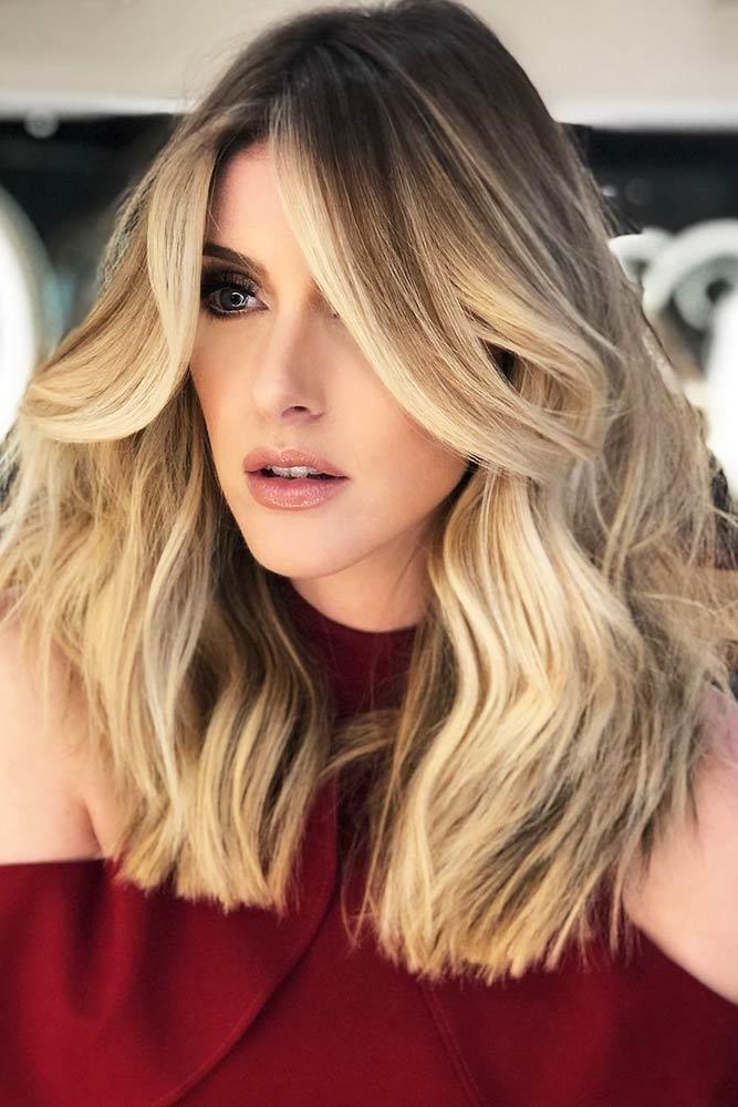 Champagne Blonde Sombre #sombre #wavyhair #brunette #blondehair