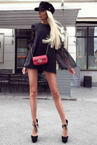 Long And Sleek #outfits #summeroutfits #blondehair #beret #littleblackdress