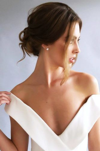 Swept Back Updos With Face Framing Pieces #weddinghairstyles