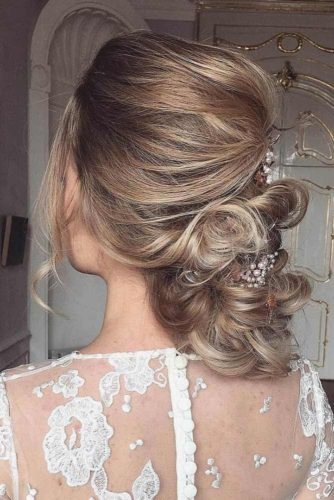 Gorgeous Updo With Accessories #updo #lowbun #bridalaccessory