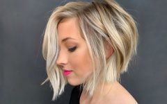 Popular Ways How To Style Short Wavy Hair And Be On The Top