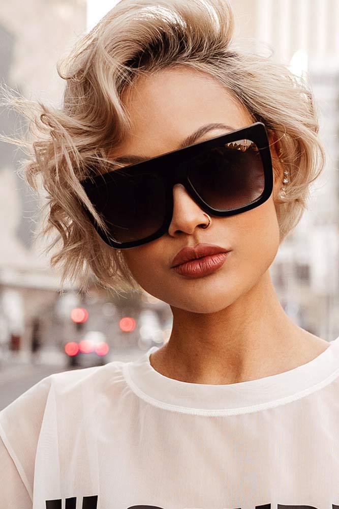 Side Parted Look #shortwavyhair #wavyhair #shorthair #bobhaircut #blondehair