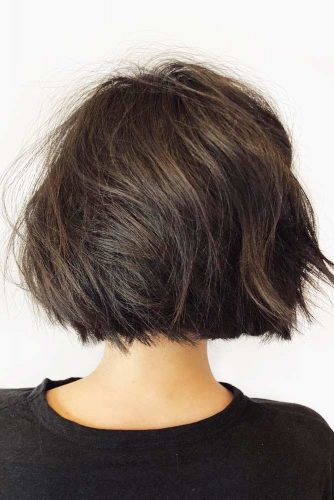 Chic And Subtle Short Brown Bob #shorthaircuts #shorthaircutsforgirls #haircuts #bobhaircut #brownhair