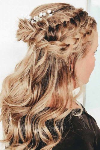 Elegant Double Braids Headband Half-Up #faceshapehairstyles #diamondfaceshape