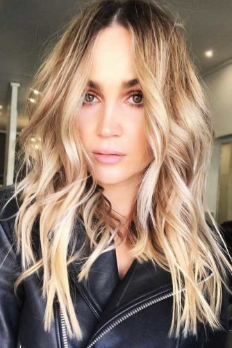 Wavy Styling For Layered Thick Hair #faceshapehairstyles #diamondfaceshape
