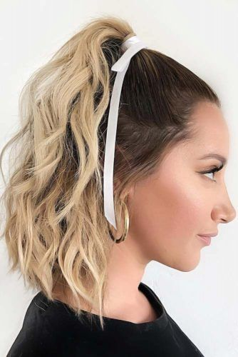 Half-Up Ponytail #faceshapehairstyles #diamondfaceshape