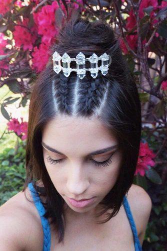 Braided Half Bun Hairstyle With Hair Clip #hairbun #shorthair #bunhairstyles #hairstyles #brownhair