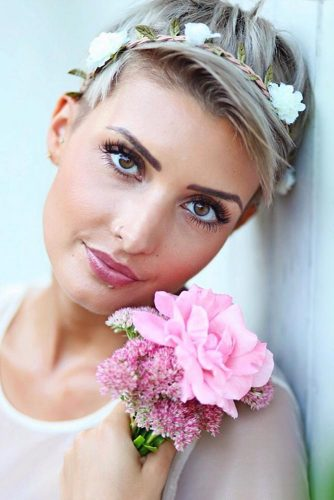 Embellish Your Hair With Flowers #shorthairstyles #shorthair #hairstyles #pixiehaircut #headband