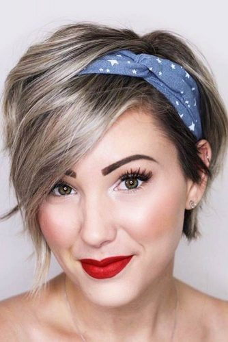Accessorize Your Hair With A Headscarf #shorthairstyles #shorthair #hairstyles #pixiehaircut #headscarf