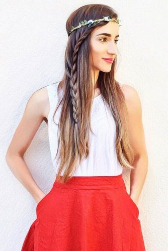 Side French Braid For A Hippie Style #outfits #braids