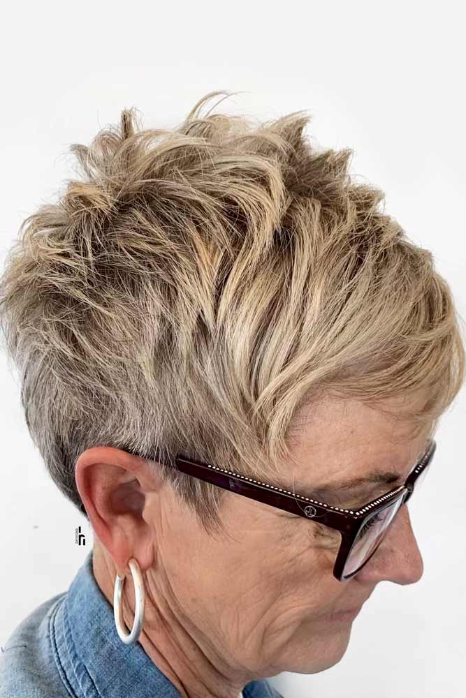 Short Layered Pixie #layeredhair #shorthair #pixie