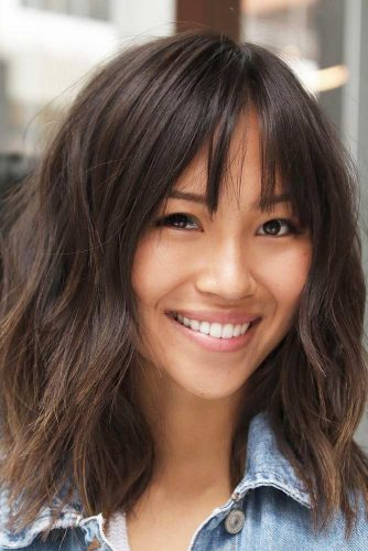 Shaggy Bob Hairstyle With Thin Bang #shaghairstyles #shaghaircuts #mediumlength #hairstyles #brownhair