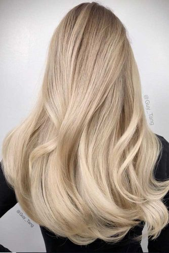Long Blonde Hair With A Little Wavy Touch #straighthair #hairtype #hairstyles #longhair #blondehair