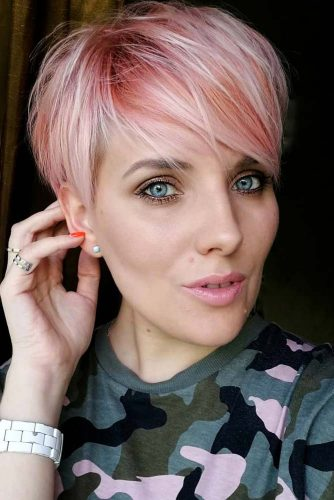 Lively Rose Pixie For Thin Hair #straighthair #hairtype #hairstyles #pixiehaircut #rosehair