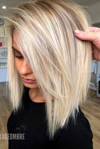 Side Parted Blonde Long Bob #straighthair #hairtype #hairstyles #bobhaircut #blondehair