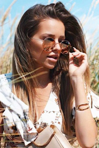Side Swept Sleek Brown Hair With Round Sunglasses #brunette #brownhair #sunglasses