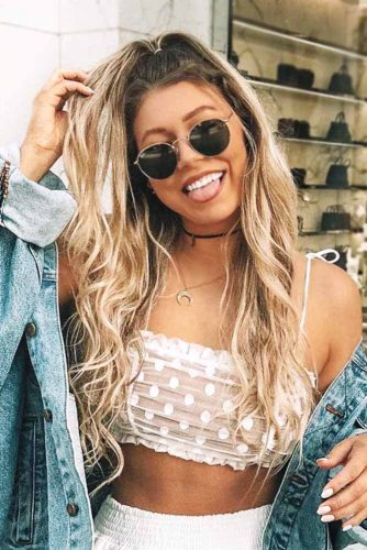 High Messy Ponytail With Round Sunglasses #ponytail #longhair #messyhair