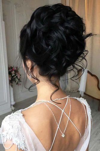 Elegant Updos For Curly Hair #updos #weddinghair #longhair