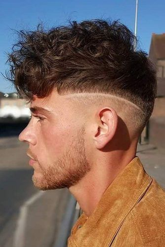 Short And Curly Hairstyle For Men #menshaircuts #shorthaircuts #curlyhair #undercut