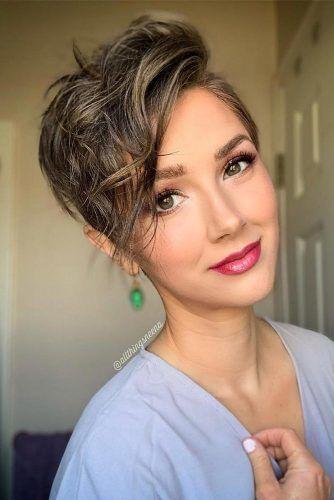 Cute Messy Long Pixie For Thin Hair #asymmetricalhaircut #haicuts #pixiehaircut #shorthair #brownhair