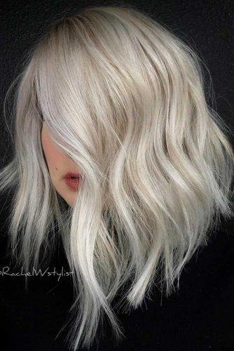 Asymmetrical A line Medium Length Haircut #asymmetricalhaircut #haicuts #lobhaircut #mediumhair