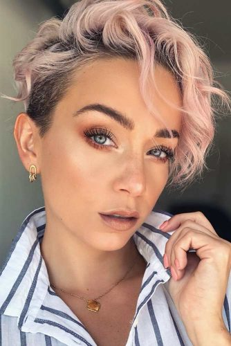 Pixie Cut For Short Curly Hair #asymmetricalpixie #shorthair #pixiehaircut #haircuts #rosehair